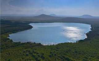 Тамбукан озеро